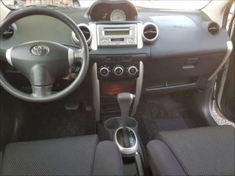 Toyota IST 2003 1.3 cc - 5