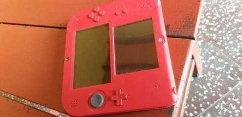 Nintendo 2DS Mario Kart 7 edition - 0