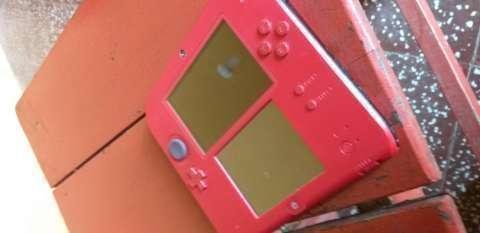 Nintendo 2DS Mario Kart 7 edition - 5