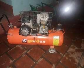 Compresor de aire de 100 litros