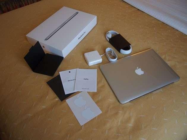Apple Macbook Pro 13 Inch Retina - 1
