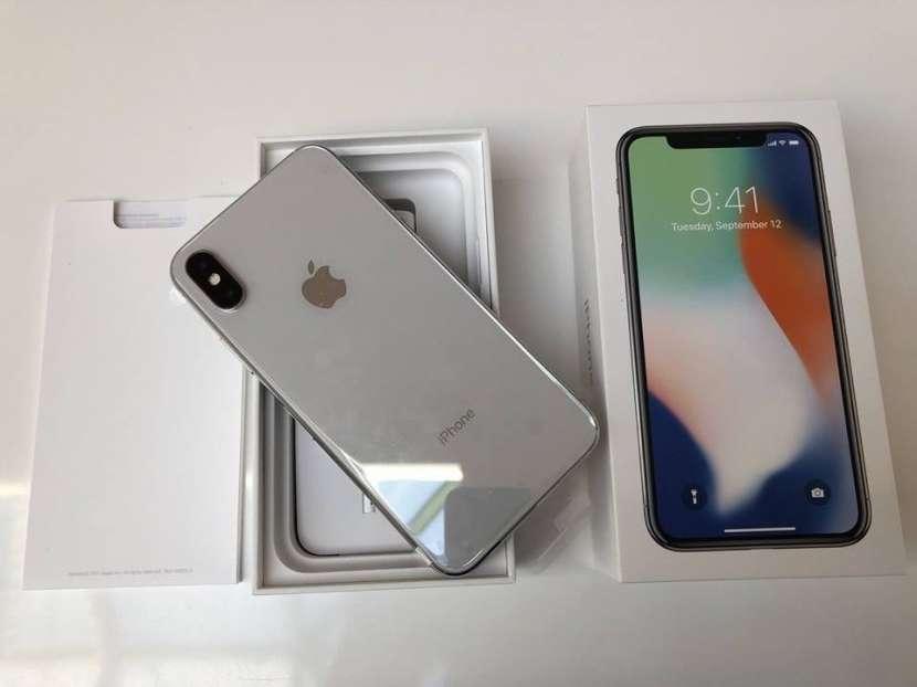 iPhone X 256 GB - 0