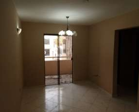 Departamento de 2 dormitorios sobre Av. Cacique