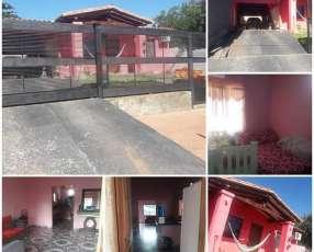 Casa en Villa Elisa Y5321