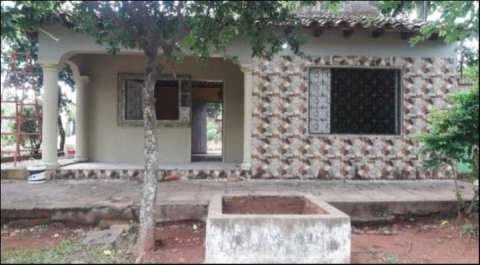 Casa en oferta en el centro de Itá