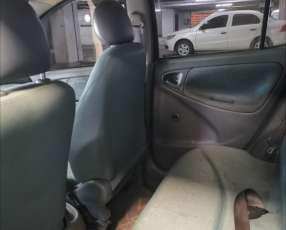 Toyota vitz 1999
