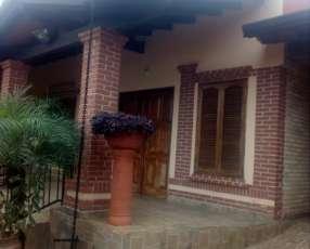 Casa en Villa Elisa F3182
