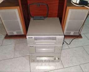 Equipo de sonido Sanjo