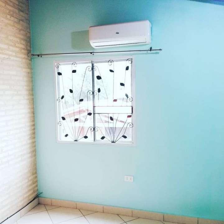 Duplex en Loma Pytá zona Shopping El Portal - 2
