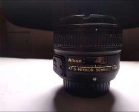 Lente Nikkor 50mm 1.8G Nikon + Filtro Kenko PL