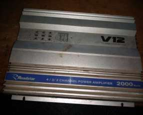 Amplificador Roadstar v12 de 2000 watts