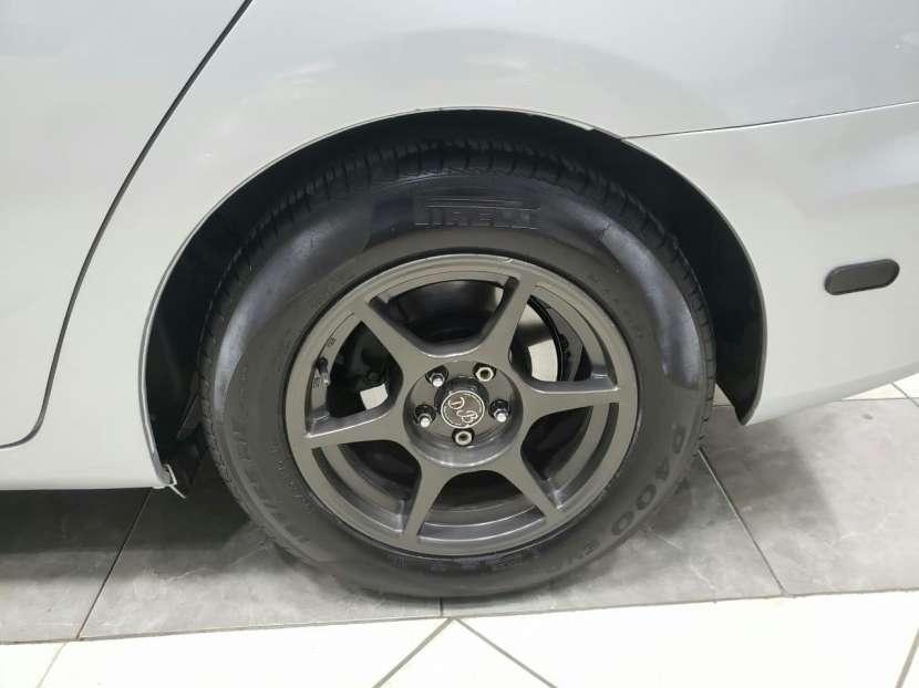 Toyota Caldina - 2