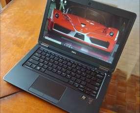 Dell Latitude i7 8Gb SSD