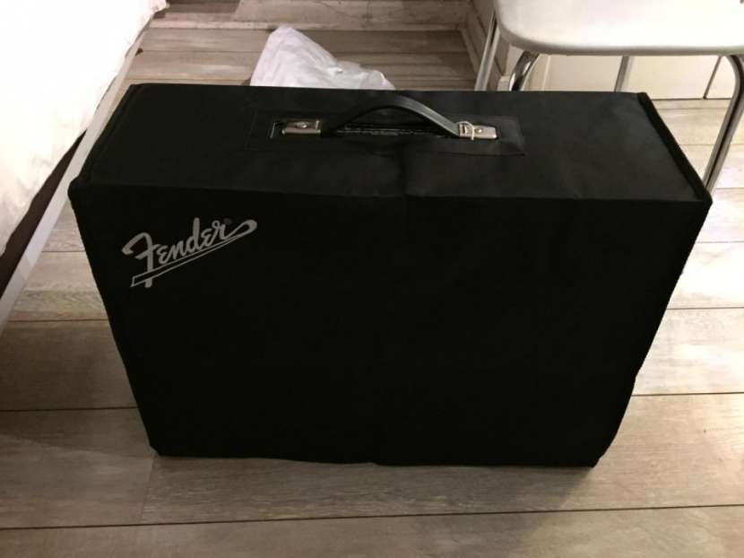 Amplificador Fender Custom Vibrolux Reverb 1968 - 1