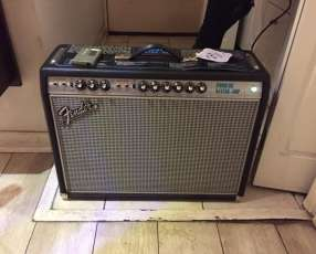 Amplificador Fender Custom Vibrolux Reverb 1968
