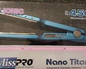 Planchita Babyliss nano titanium ionic