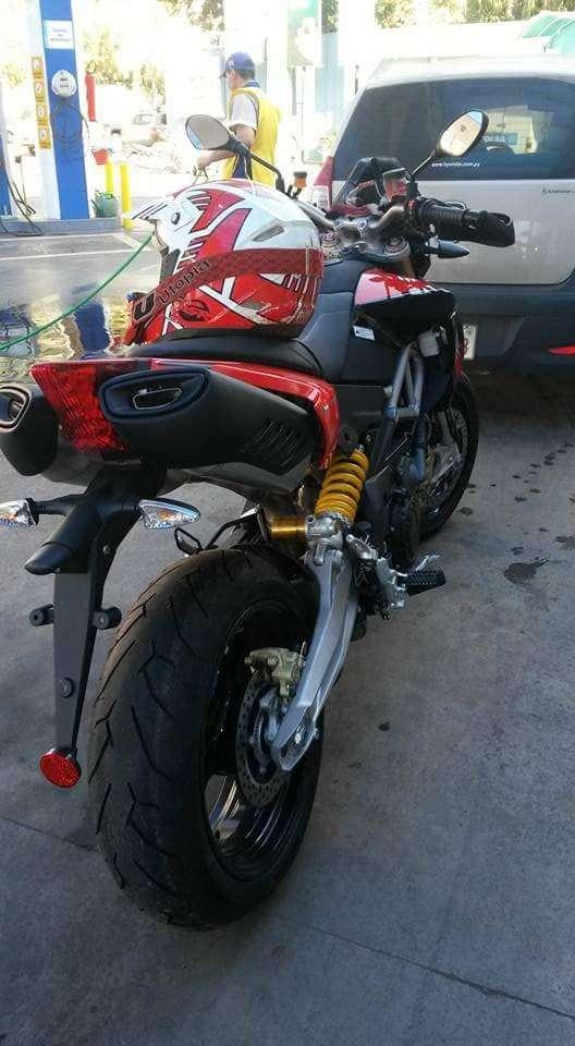 Moto Aprilia Dorso Duro 1200 2015 - 0