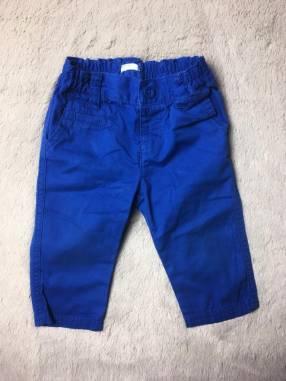 Pantalón Benetton, 3 a 6 meses.