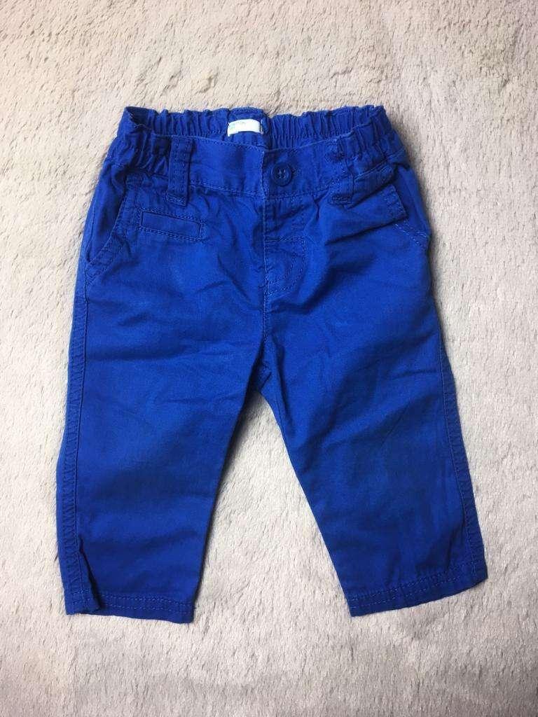 Pantalón Benetton, 3 a 6 meses. - 0