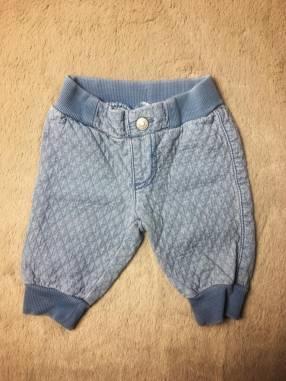 Pantalón sin bolsillo atrás Benetton, 3 a 6 meses.
