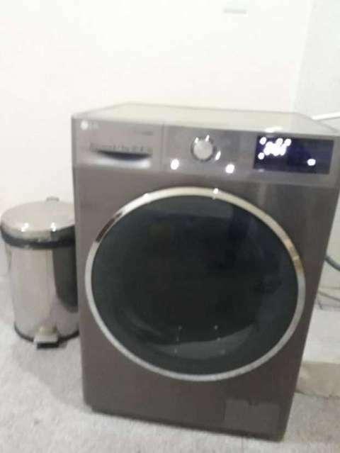 Lavasecarropas LG - 1
