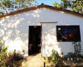 Casa en Limpio Salado a 4 cuadras del Stock de Limpio