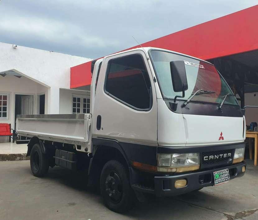Mitsubishi Canter 2011 - 1