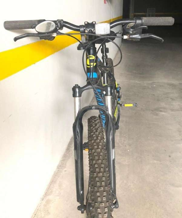 Bicicleta Cannondale - 1