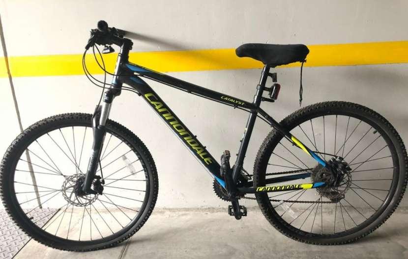 Bicicleta Cannondale - 0