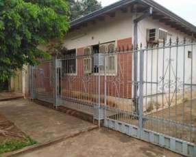 Casa en Villa Elisa a pocas cuadras de Von Poleski