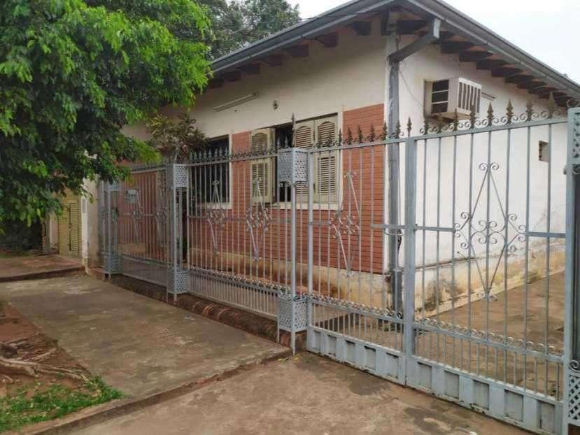 Casa en Villa Elisa a pocas cuadras de Von Poleski - 0