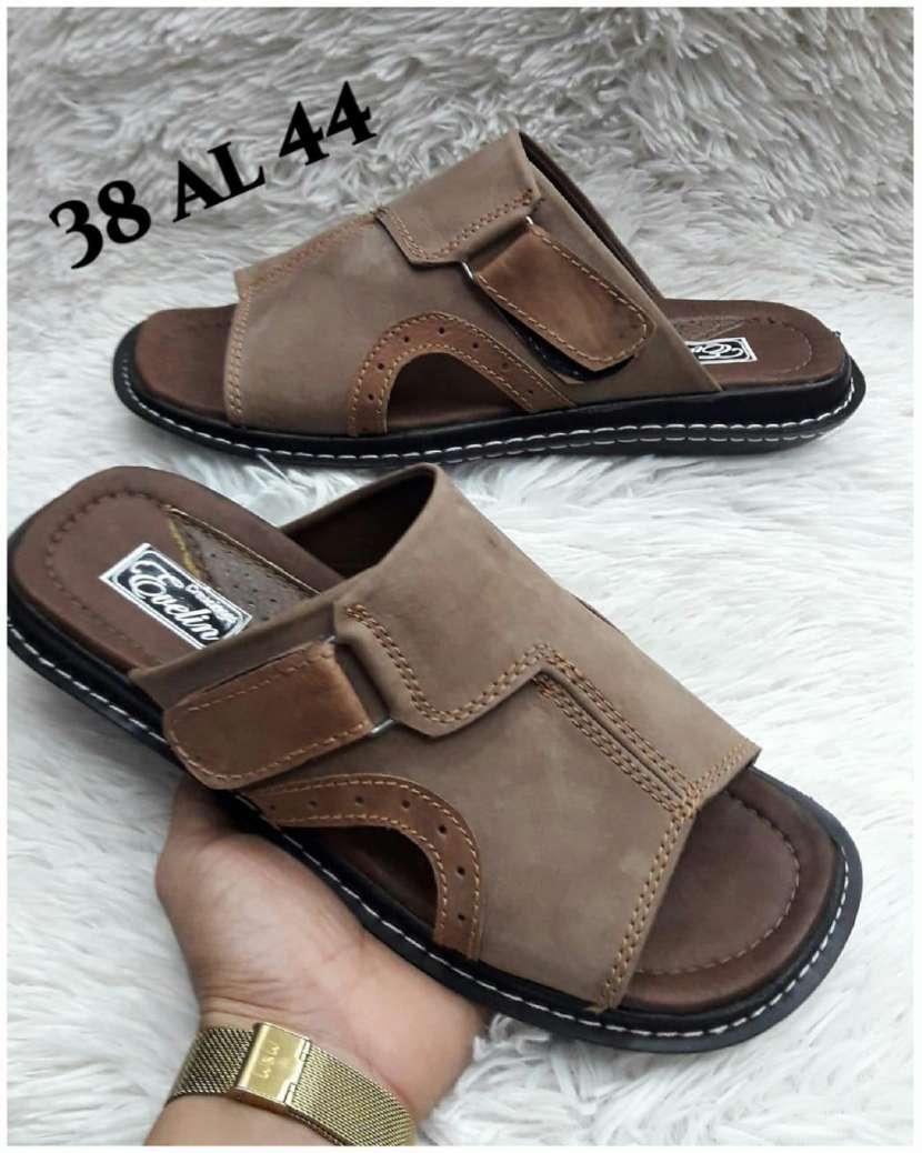 Zapatillas de cuero - 0