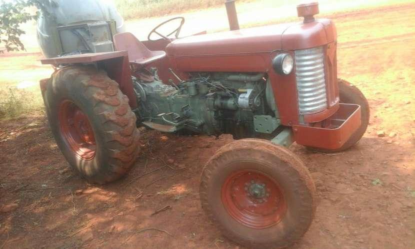 Tractor Massey Fergusson - 0
