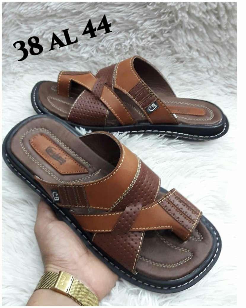 Zapatillas de cuero - 1