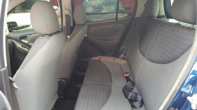 Toyota Vitz 2003 - 2