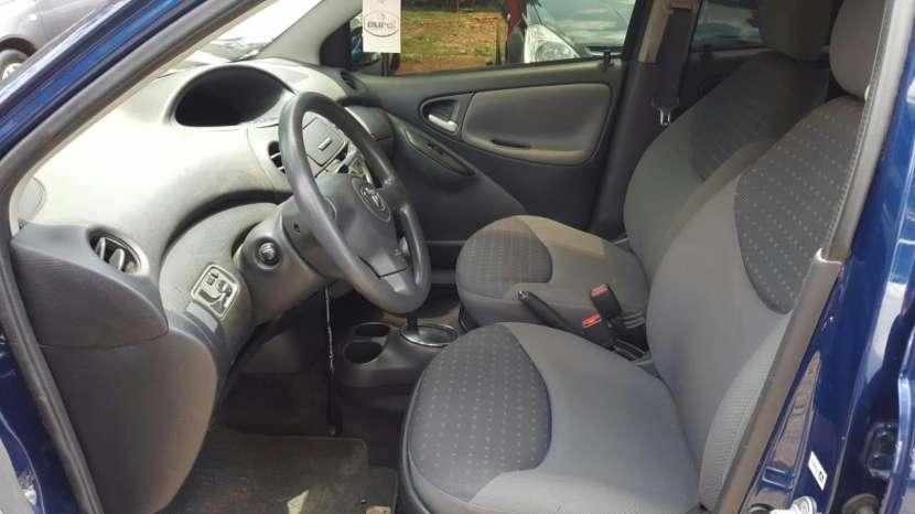Toyota Vitz 2003 - 3