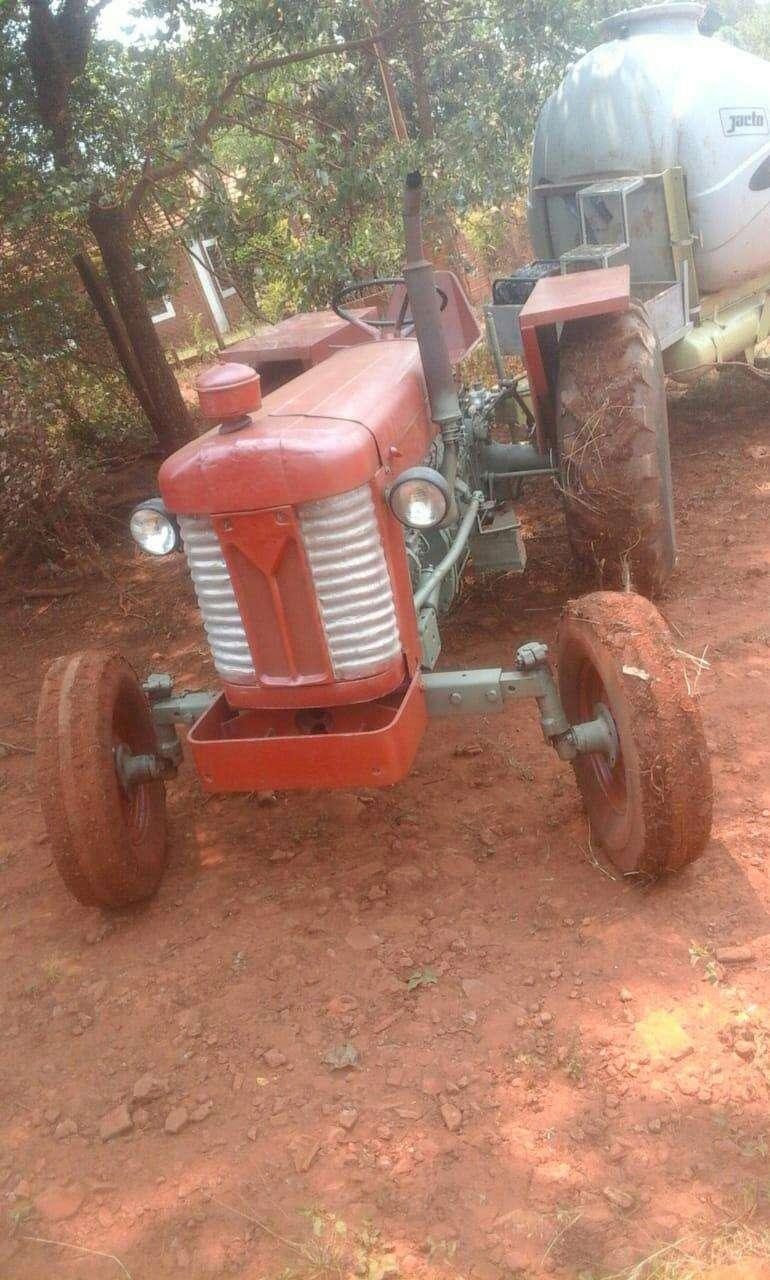 Tractor Massey Fergusson - 3