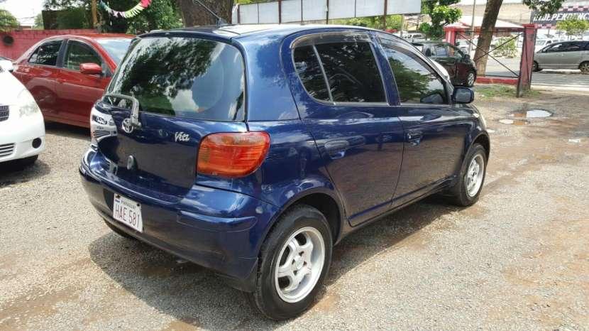 Toyota Vitz 2003 - 5