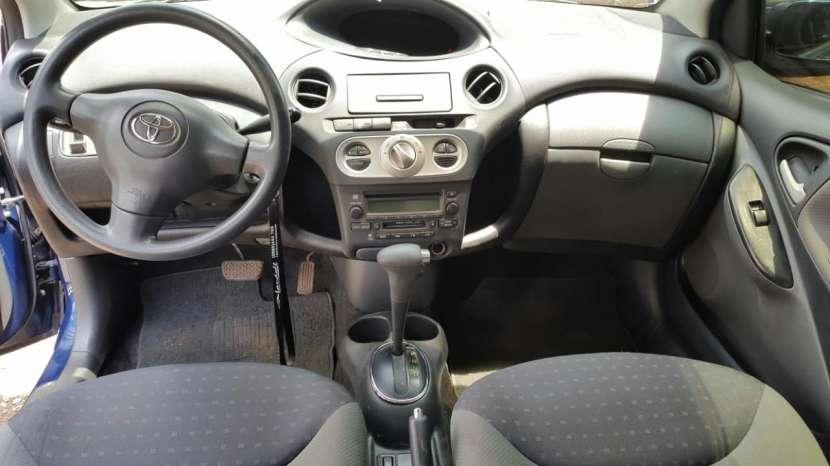 Toyota Vitz 2003 - 7