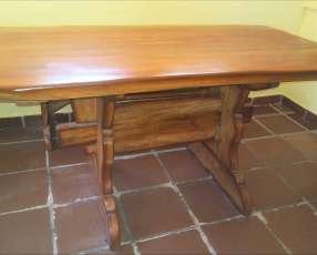 Mesa con banco para el quincho