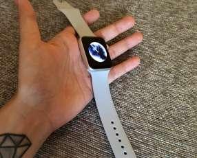 Apple Watch ️Serie 2 42MM