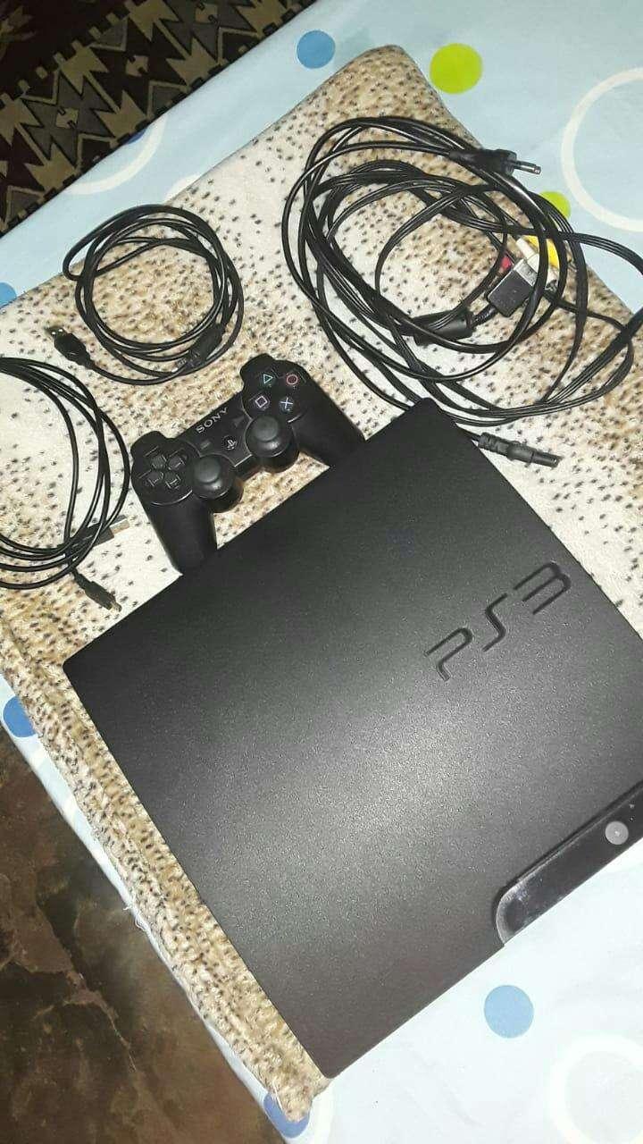 PS3 200 gb - 1
