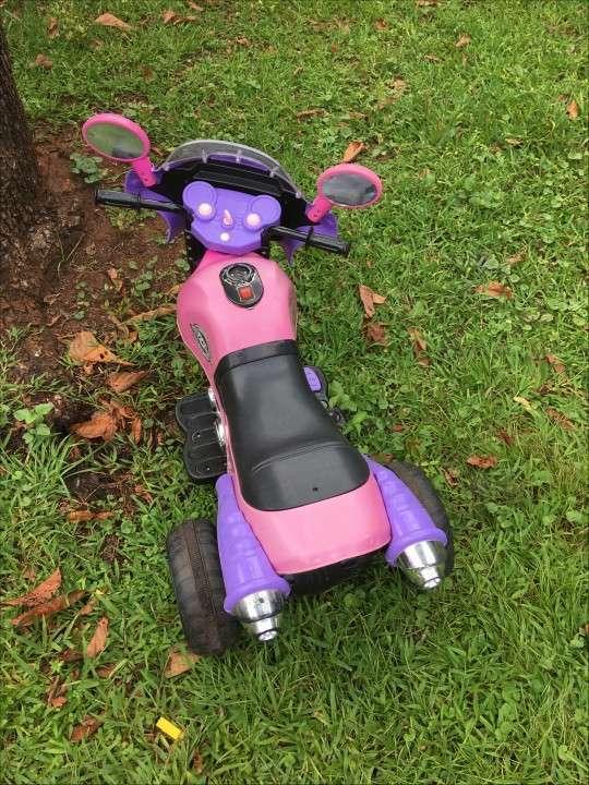 Moto a batería para niños - 1