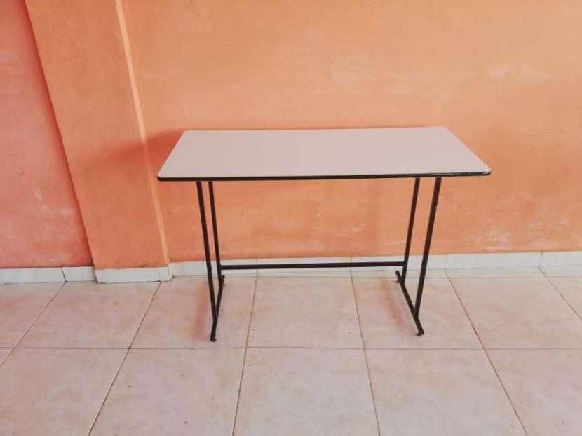 Mesa de computadora simple - 0