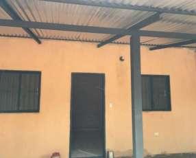 Habitación en Areguá zona Villa Rosita Caacupemi