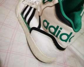 Calzado Adidas calce 39/40