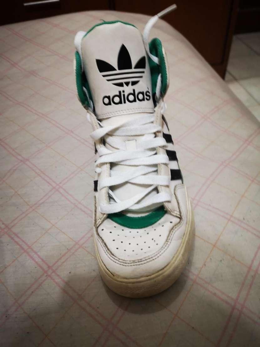 Calzado Adidas calce 39/40 - 2
