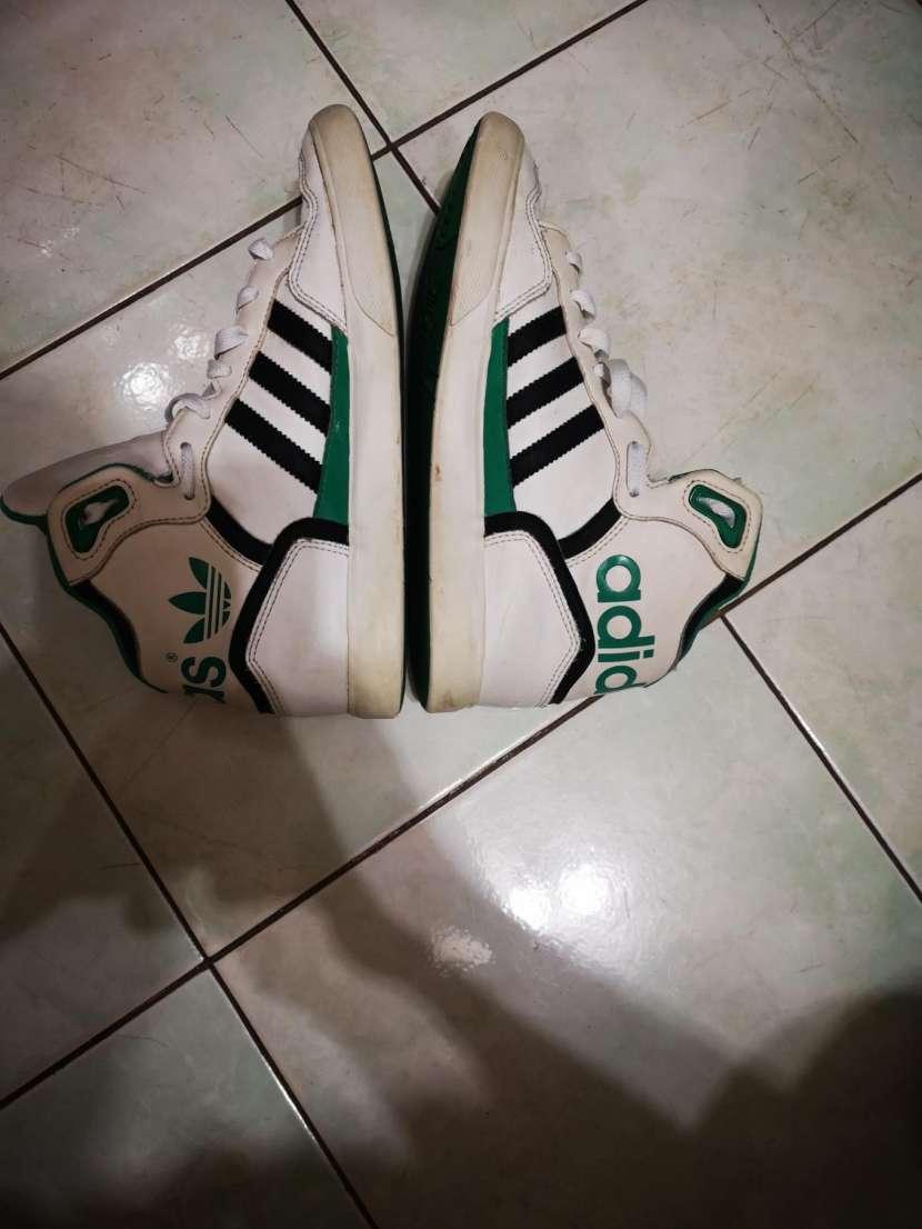 Calzado Adidas calce 39/40 - 3