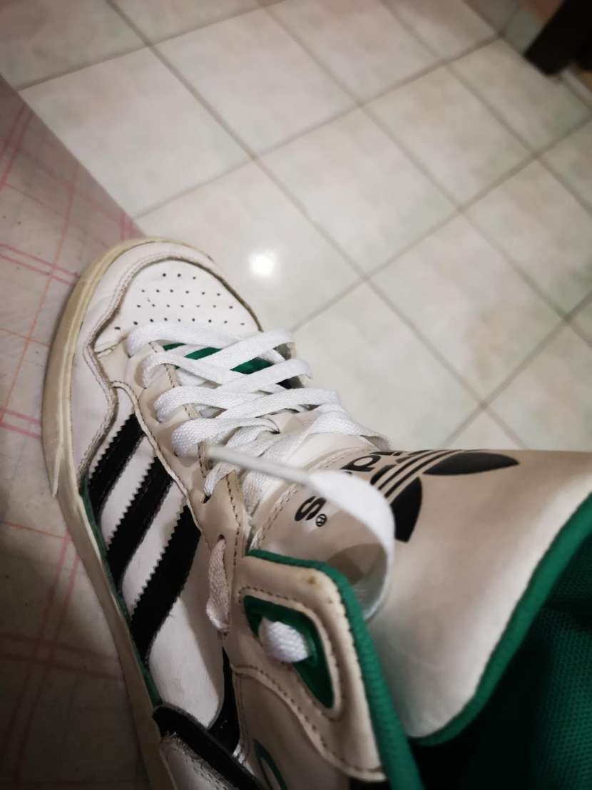 Calzado Adidas calce 39/40 - 6