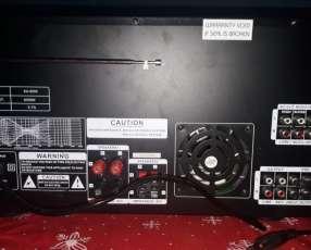 Amplificador de 6500 watts